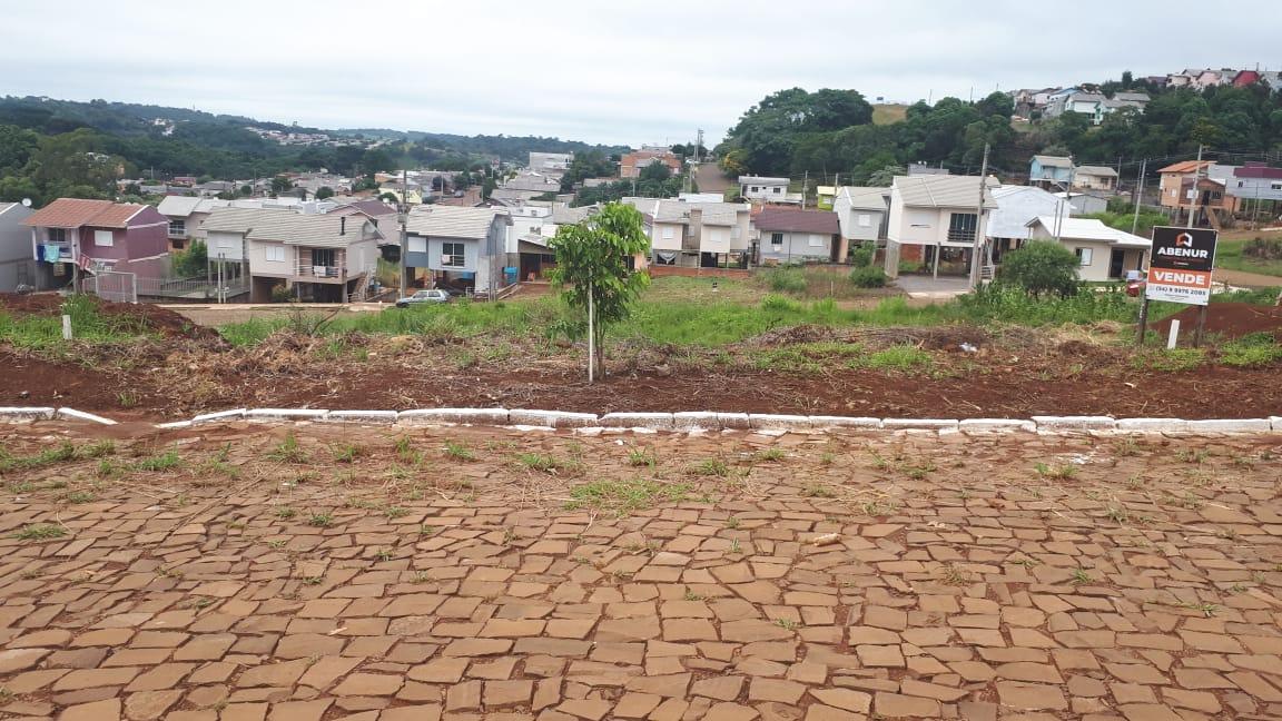 TERRENO ÁREA 250m², DE 10m X 25m, Loteamento Fellípio, Bairro Paiol Grande, Erechim